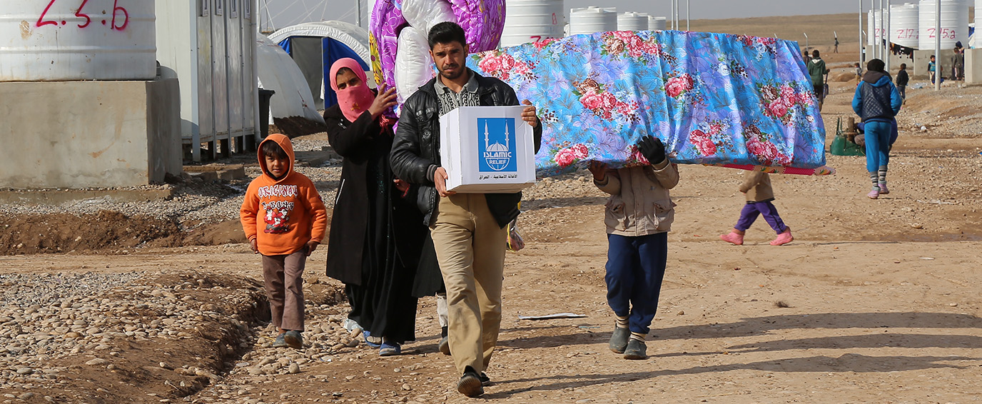 Distributing winterization and hygiene kits to Mosul IDPs